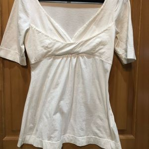 Tops - Attractive white mid sleeve blouse